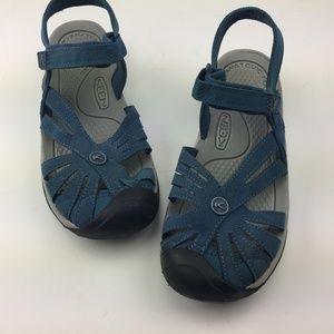 KEEN • Women's 9 • Rose Cascade Sandals •